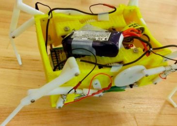 SEE A ROBOT DISSOLVE ITS OWN BONES TO AVOID OBSTRUCTION
