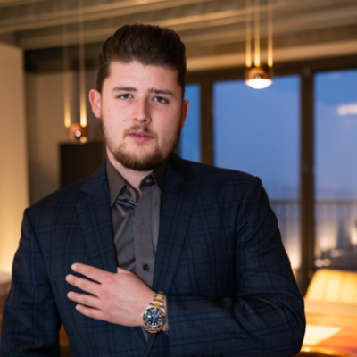 Entrepreneur Benjamin Herzog Proves Why Taking Risks In Businesses Is Important. Read To Know!
