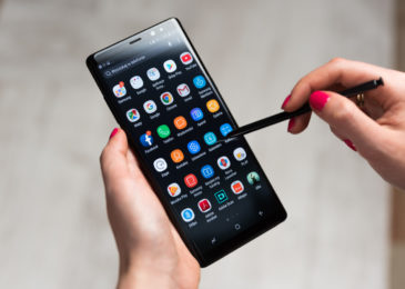 Currently rolling out to Galaxy Note8 and S9, Samsung September security update