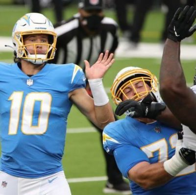 Chargers vs. Jaguars: Justin Herbert scores first NFL win as Chargers top Jaguars