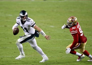Eagles vs. 49ers: Wentz rallies Eagles to 1st win of season, 25-20 over 49ers