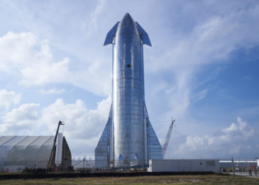 SpaceX gets ready Starship SN8 prototype for high-altitude test flight
