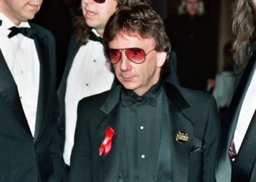 Phil Spector, Grammy-winning producer and convicted murderer, dies at 81