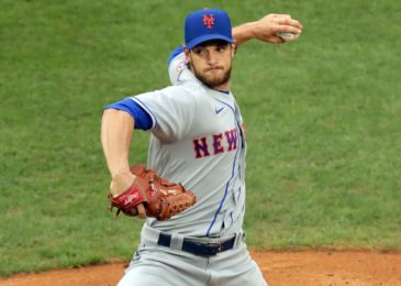 Toronto Blue Jays acquire starter Steven Matz from New York Mets for three prospects