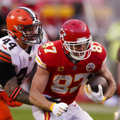 After losing Patrick Mahomes, Chiefs and Chad Henne hold off Browns 22-17