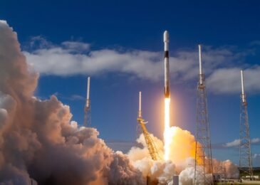 SpaceX launches new 60 Starlink satellites as it nears global coverage